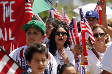 0426-Arizona-immigration-protest.jpg_full_380