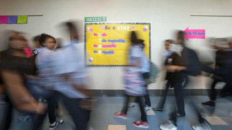 Students at the Young Women's Academy at Fentonville Arts and Sciences middle school change classes in Philadelphia. (Jessica Kourkounis)