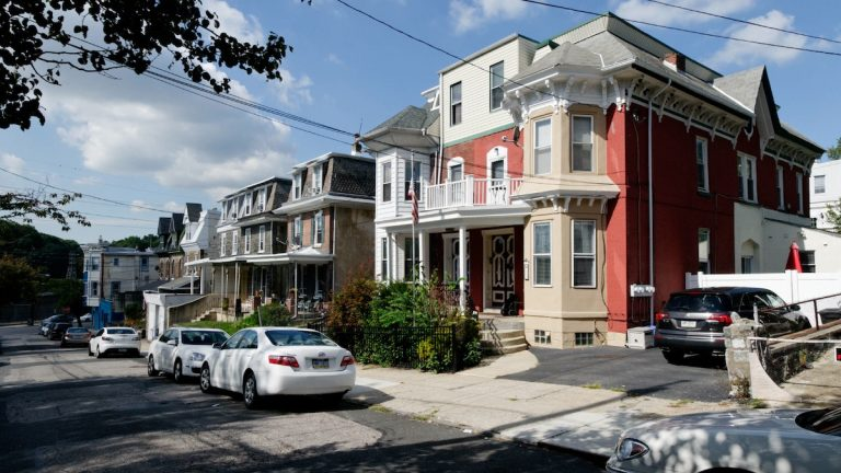 Andrew Langsam's three-story, 19th-century twins represent the flash point between the owner and the local civic group. (Bas Slabbers/for NewsWorks)