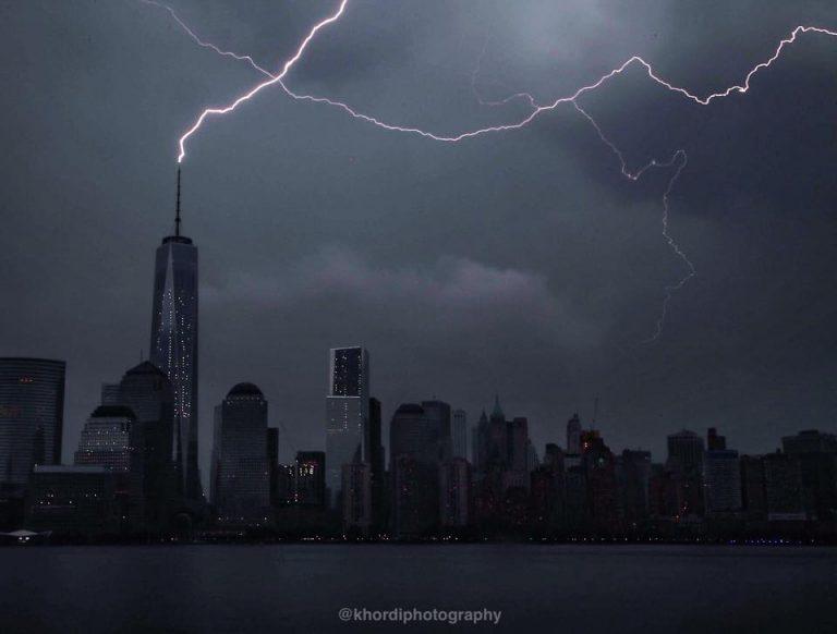 A direct hit on One World Trade Center in Manhattan Sunday evening. (Photo: Jennifer Khordi/Khordi Photography)