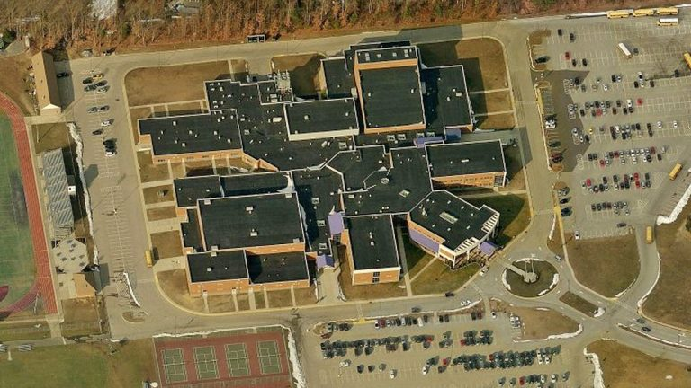 Timber Creek Regional High School  (Image from Bing Maps)