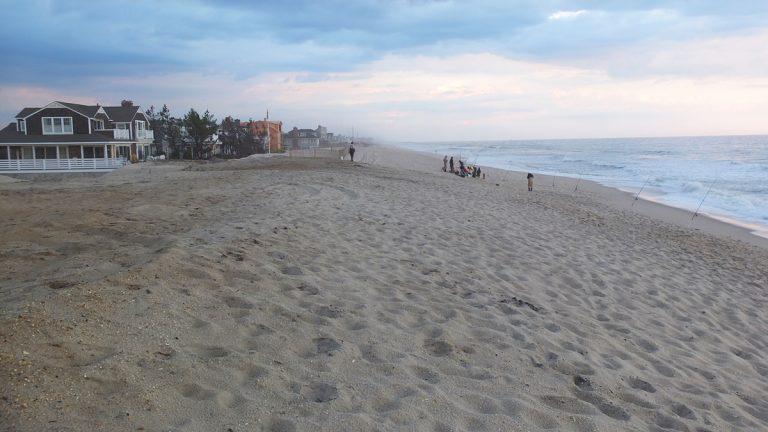 The beach in Mantoloking, N.J., Ocean County. (Alan Tu/WHYY)