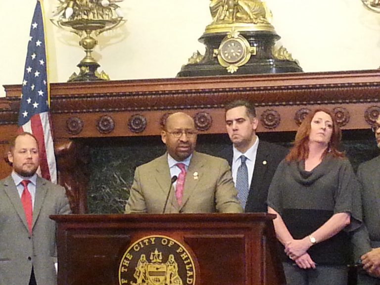 Mayor Nutter addresses the media on elevator issues at the One Parkway building in Philadelphia (Tom MacDOnald/WHYY)