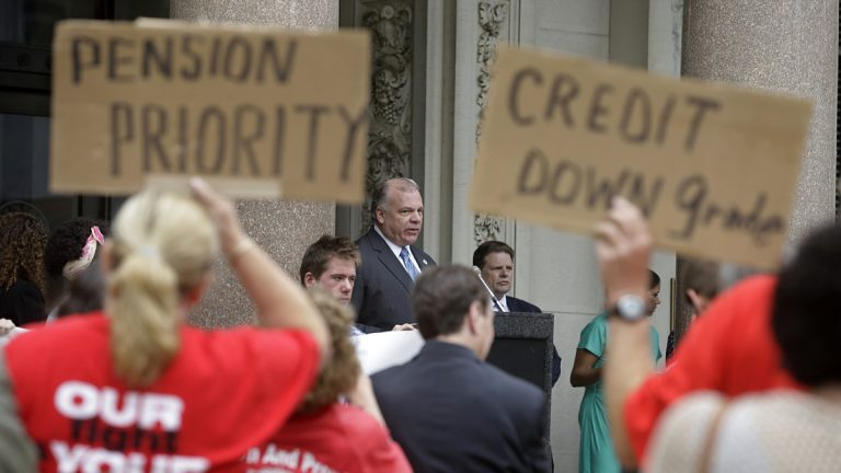 N.J. Senate President Stephen Sweeney addressing union supporters angry at Gov Christie's plan to reduce pension payments. (AP Photo/Mel Evans)
