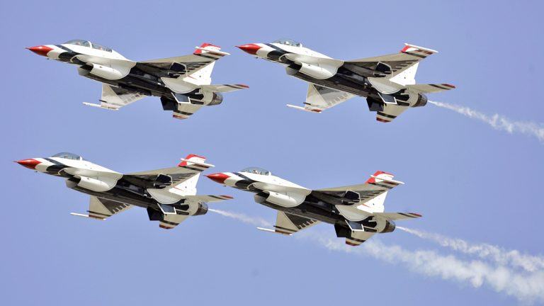 U.S. Air Force Thunderbirds will perform over Atlantic City on August 13, 2014. (AP Photo/Alex Brandon)