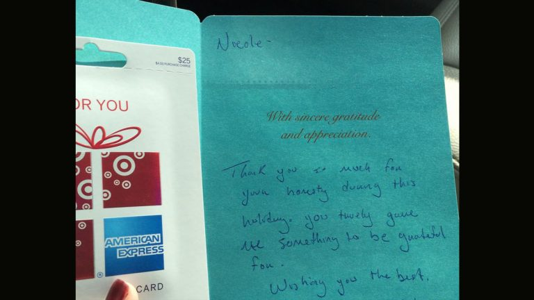 A thank you note and gift card Nicole Gibson received after finding an iPad, posting on Facebook, and locating its owner. (Photo courtesy of Nicole Gibson)