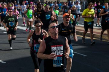 Runners participate in the 2014 Broad Street Run (Brad Larrison/for NewsWorks