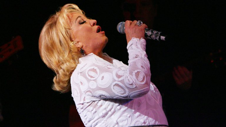 In this photo provided by StarPix, recording artist Tanya Tucker performs at BB Kings in New York, Wednesday, Oct. 14, 2009. (AP Photo/Dave Allocca, StarPix)