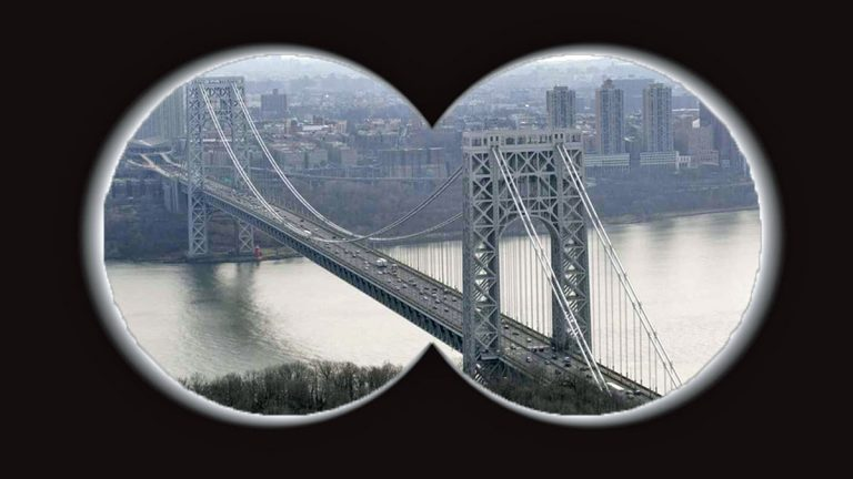The George Washington Bridge connects New Jersey to New York. (Image by Alan Tu)