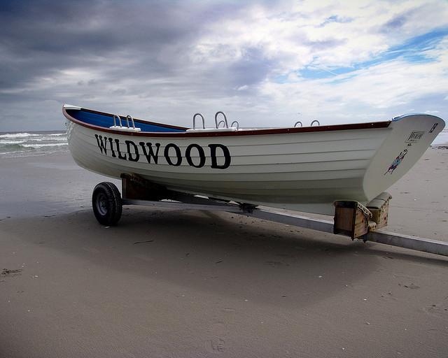 A Wildwood lifeguard boat on September 3, 2009. (Photo: Mike Rastiello via Flickr)