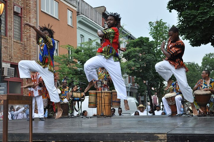Dancers perform at a recent Odunde Festival. The four-decade Philadelphia tradition once again welcomes visitors Sunday. OdundeFestival.org)