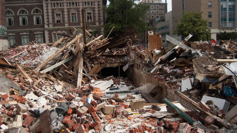 Building collapse site at 22nd and Market Streets in Philadelphia (Lindsay Lazarski/WHYY)