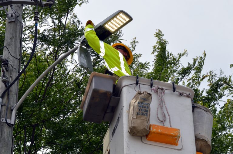 Atlantic City Electric's Sean Smith installs LED lighting in Sicklerville, New Jersey. (Atlantic City Electric photo)