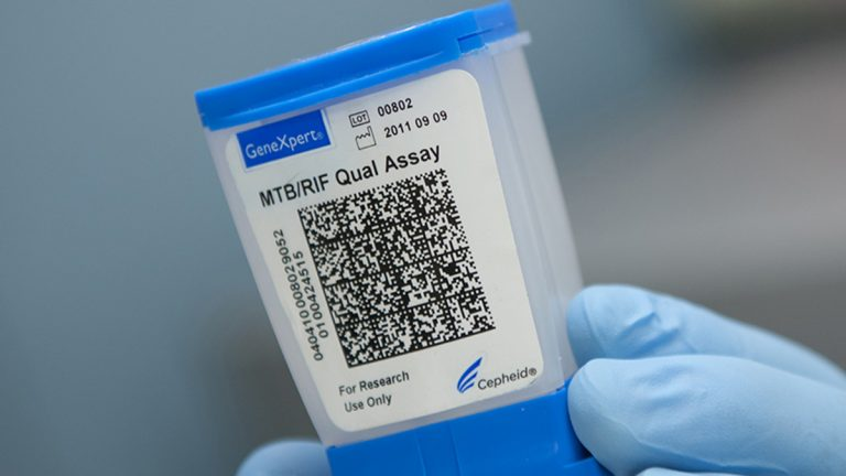 Researchers will adapt this cartridge, now used worldwide for tuberculosis screenings, to collect and test samples from potential Ebola patients. (Image courtesy of Rutgers University/John Emerson)