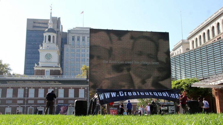Anti-abortion activists set up a graphic display on Independence Mall. (Emma Lee/WHYY)