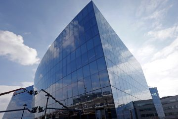 GlaxoSmithKline headquarters at the Navy Yard in Philadelphia. (AP Photo/Matt Rourke)