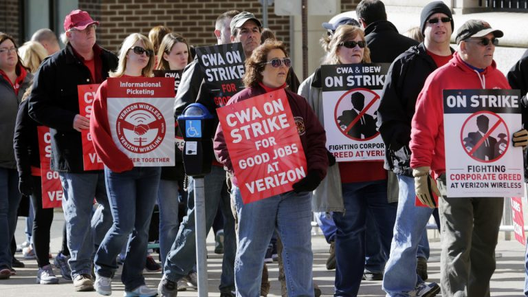 A bill advanced by a New Jersey Senate committee would allow striking workers to collect unemployment insurance benefits during a labor dispute. New York