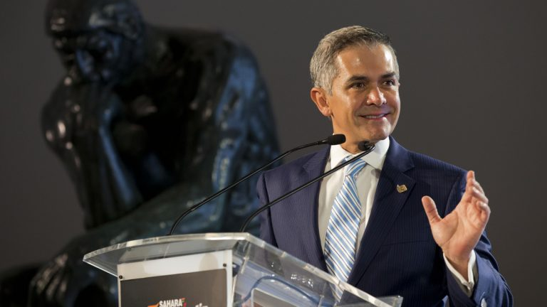 Mexico City Mayor Miguel Angel Mancera is supporting Mayor Michael Nutter's goal of establishing Philadelphia as a World Heritage City. (AP file photo)