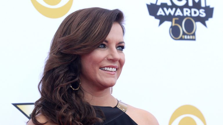 Martina McBride arrives at the 50th annual Academy of Country Music Awards at AT&T Stadium on Sunday, April 19, 2015, in Arlington, Texas. (Photo by Jack Plunkett/Invision/AP)