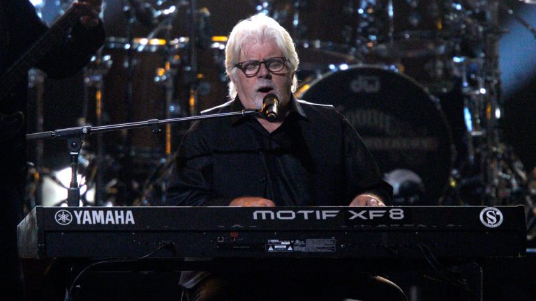 Michael McDonald performs at the 48th annual CMA Awards on Nov. 5