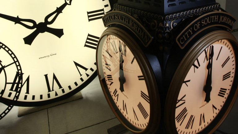 On Sunday morning, Nov. 3, 2013, beginning at 2 a.m. we 'fall back' to standard time (Elise Amendola/AP Photo, file)