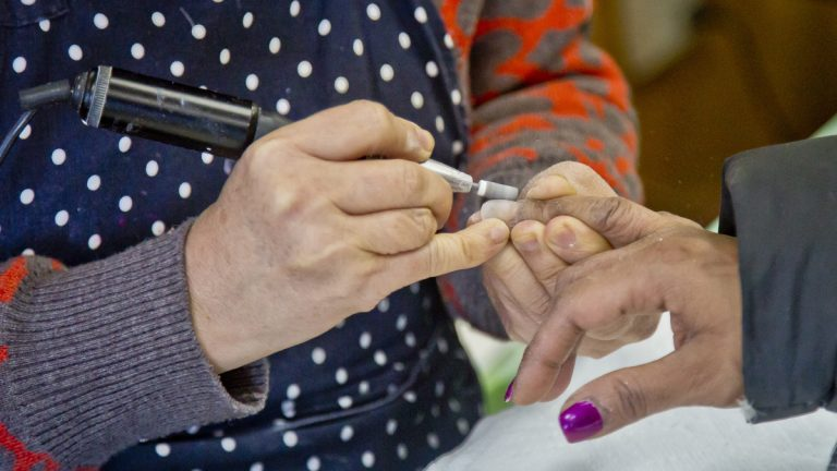 New Jersey lawmakers are proposing a bill to strengthen regulations on Garden State nail salons. (Bebeto Matthews/AP Photo)