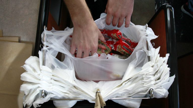 A Pa. lawmaker is proposing a 2-cent surcharge on every plastic bag issued in Pennsylvania stores. (Elaine Thompson/AP Photo, file)