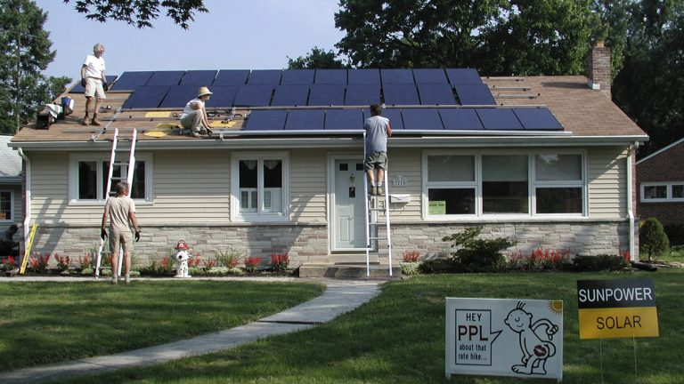 In this undated photo, solar panels are installed on a Harrisburg, Pa. home (Tami and Randy Wilson/AP Photo)