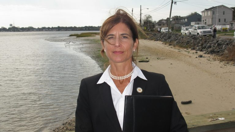 Sen. Jennifer Beck's legislation would require New Jersey to pay if an applicant closed on a Rehabilitation, Reconstruction, Elevation and Mitigation grant, then was told later that the state made a mistake and federal rules don't allow the grant. (Phil Gregory/WHYY)