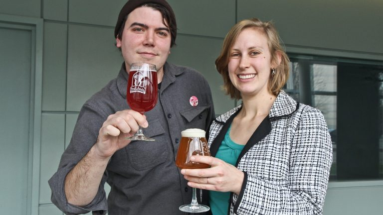 Jean Broillet and Julie Foster offer ideas on the best holiday brews. (Kimberly Paynter/WHYY)