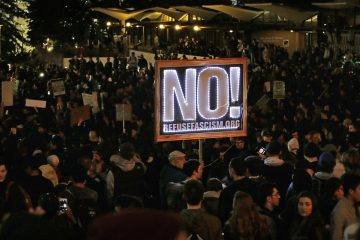Protestors against a scheduled speaking appearance by polarizing Breitbart News editor Milo Yiannopoulos fill Sproul Plaza on the University of California at Berkeley campus on Wednesday