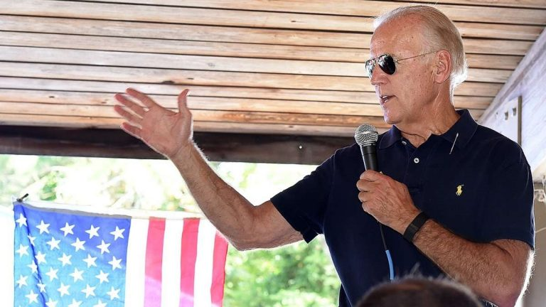 Vice President Biden speaks during a surprise appearance at a Democratic event in Lewes, Delaware last weekend. (Chuck Snyder/for NewsWorks)