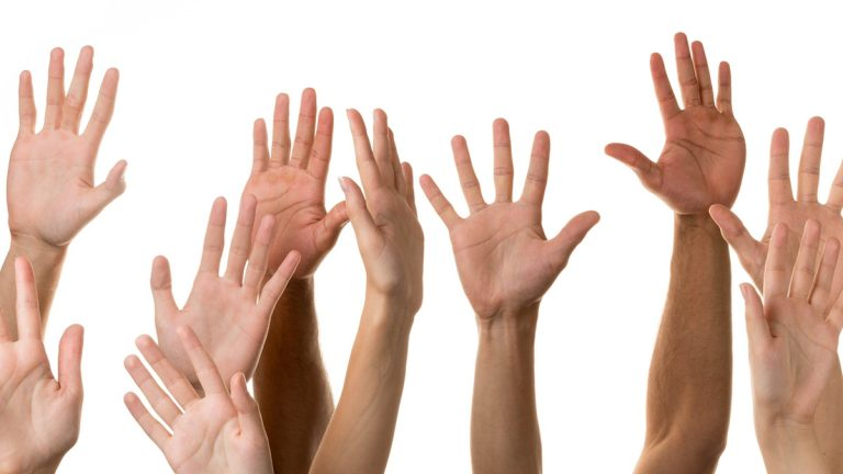(<a href='http://www.bigstockphoto.com/image-112192235/stock-photo-human-hand'>Big Stock</a>)