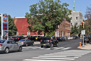 Philly politicians are proposing a bike lane on 22nd between Spring Garden St. and Fairmount Ave. (Kimberly Paynter/WHYY)