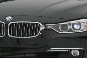 (BMW 3-Series (F30) courtesy of <a href='https://en.wikipedia.org/wiki/BMW'>Wikipedia</a>)