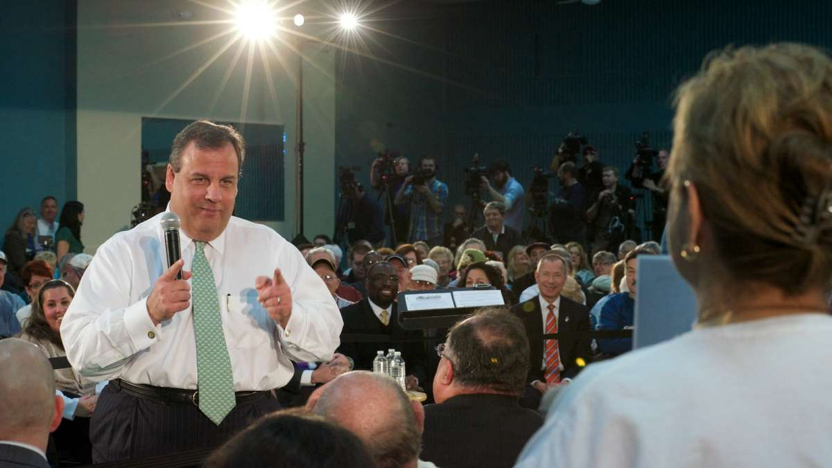 New Jersey Gov. Chris Christie reacts to a question from Carol Davis, of Toms River. (Bas Slabbers/for NewsWorks)