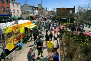 Head to Main Street in Manayunk this weekend for the annual spring StrEAT festival. (Bas Slabbers/for NewsWorks, file)