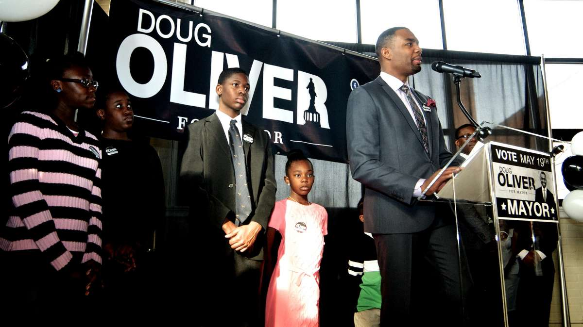 Mayoral candidate Doug Oliver speaks at his campaign launch in Germantown last weekend. (Bas Slabbers/for NewsWorks)