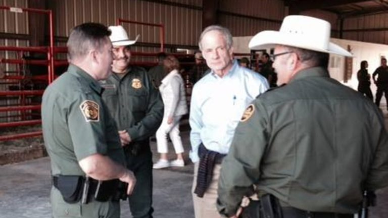 Sen. Carper visited the Texas border earlier this month. (photo courtesy Homeland Security and Govt. Affairs Committee)