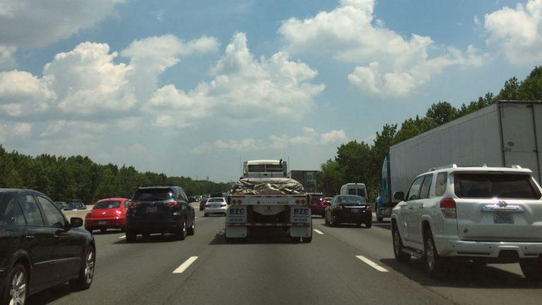 Traffic backs up on I-95 NB near Christiana. (Mark Eichmann/WHYY)