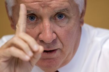 Gov. Tom Corbett has called for the state board of education to review state education standards in language arts and math, worrying that they too closely ally with Common Core.(Matt Rourke/AP photo)