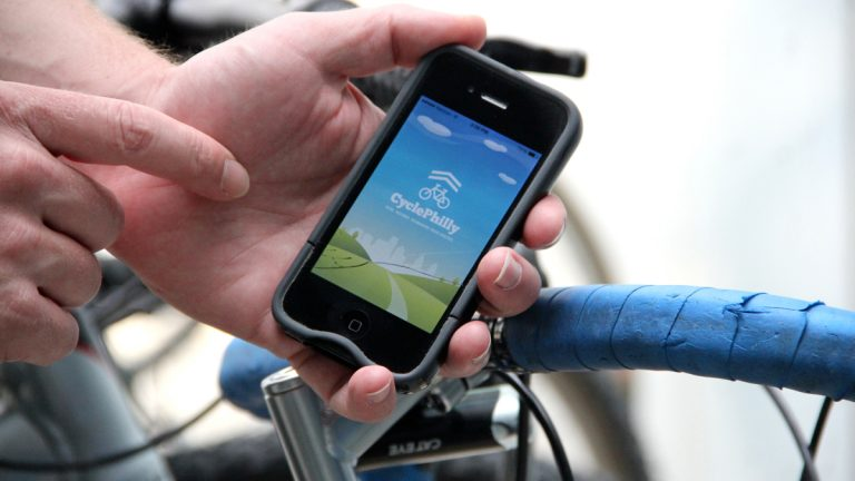 Philadelphia bicyclists are encouraged to download an app that tracks their movements. The data will be used to plan new bike routes in the city. (Emma Lee/WHYY)