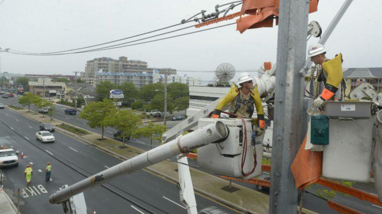 Linemen at work. (Photo courtesy Delmarva Power)