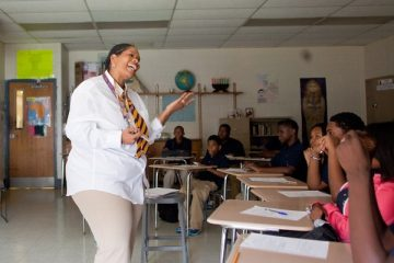 A scene from the first day of school at Martin Luther King High School last year. (Brad Larrison/for NewsWorks)