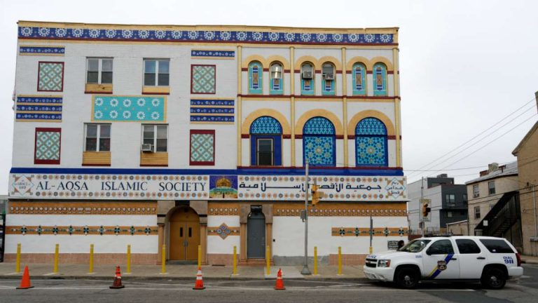 Al-Aqsa Islamic Society on Germantown Avenue in North Philadelphia. (Bastiaan Slabbers/for NewsWorks)