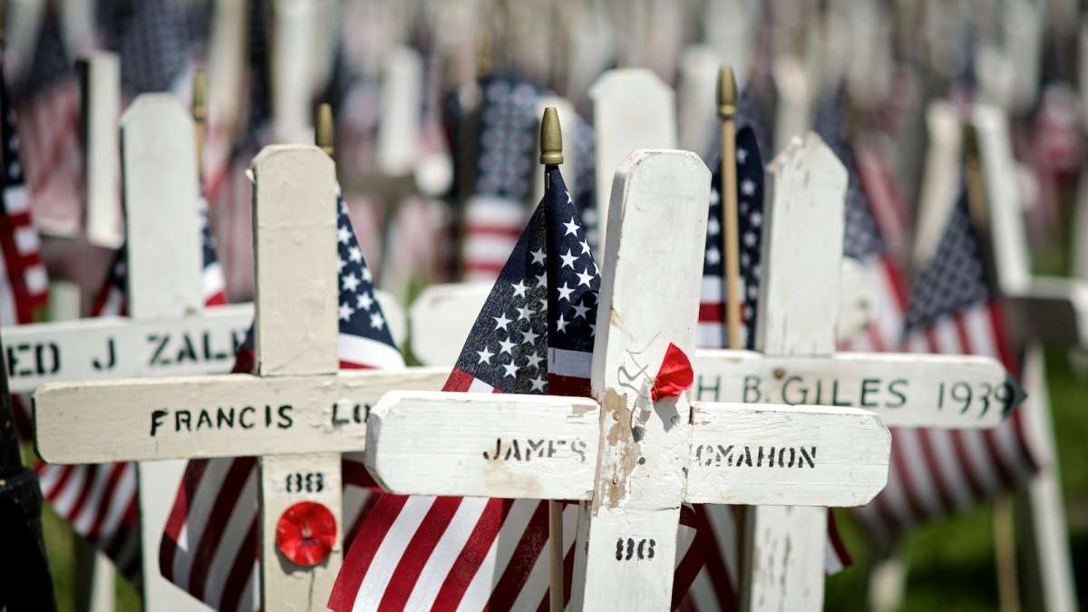 Memorial Day commemoration in Roxborough. (Bas Slabbers/for NewsWorks)