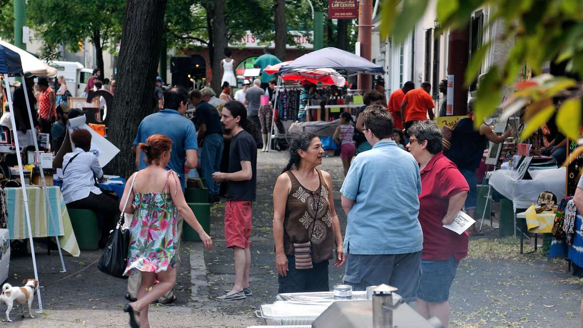 A scene from last year's Re-Imagining Maplewood Mall Festival in Germantown. (Bas Slabbers/for NewsWorks)