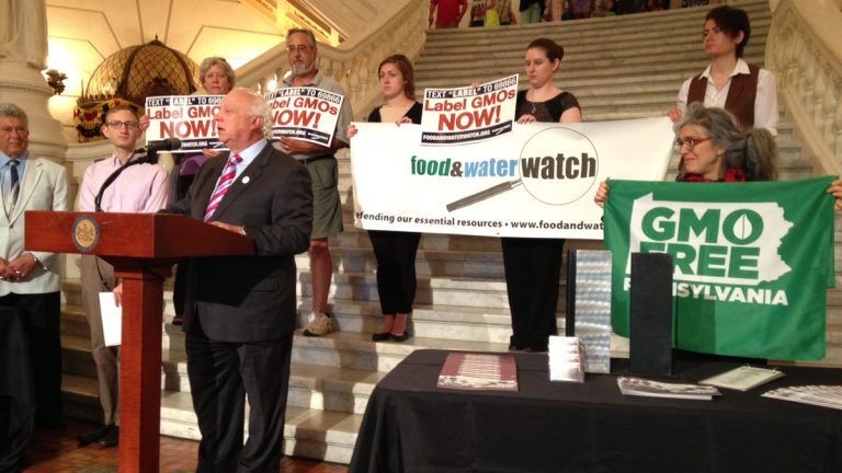 A group gathered Monday in Harrisburg to urge Pennsylvania lawmakers to support mandatory labels on food altered through biotechnology. (Mary Wilson/for NewsWorks)