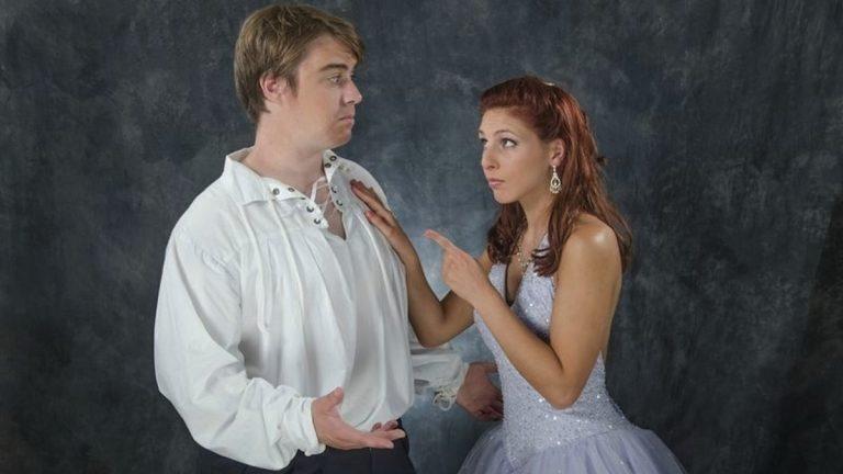 Glen Kraft as Rob and Lisa DeChristofaro as Cinderella in