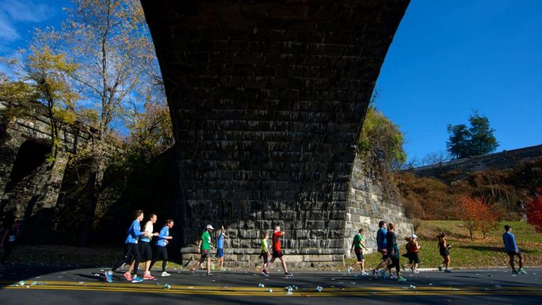 Kelly and MLK Drives will be closed to motorists on Sunday morning for a half-marathon. (Bas Slabbers/for NewsWorks)